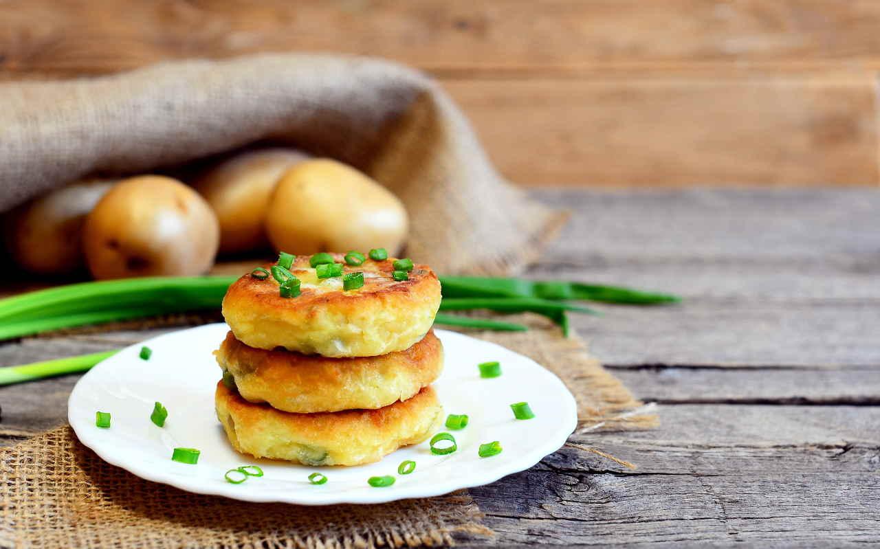 Burger vegetariani di piselli e patate Selenella - Ricette Selenella