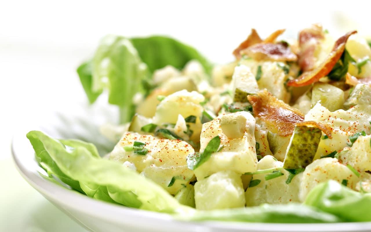 Insalata di patate novelle e bacon croccante - Ricette Selenella