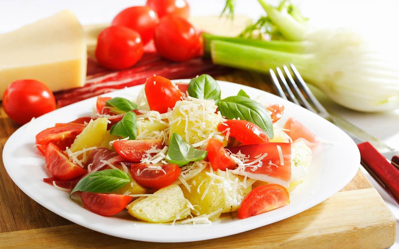 Insalata di patate e pomodorini freschi - Ricette Selenella