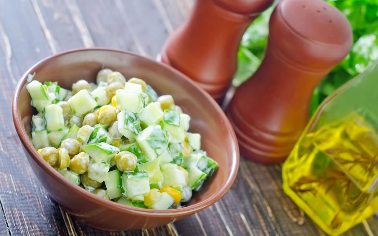 Insalata di patate zucchine e ceci - Ricette Selenella