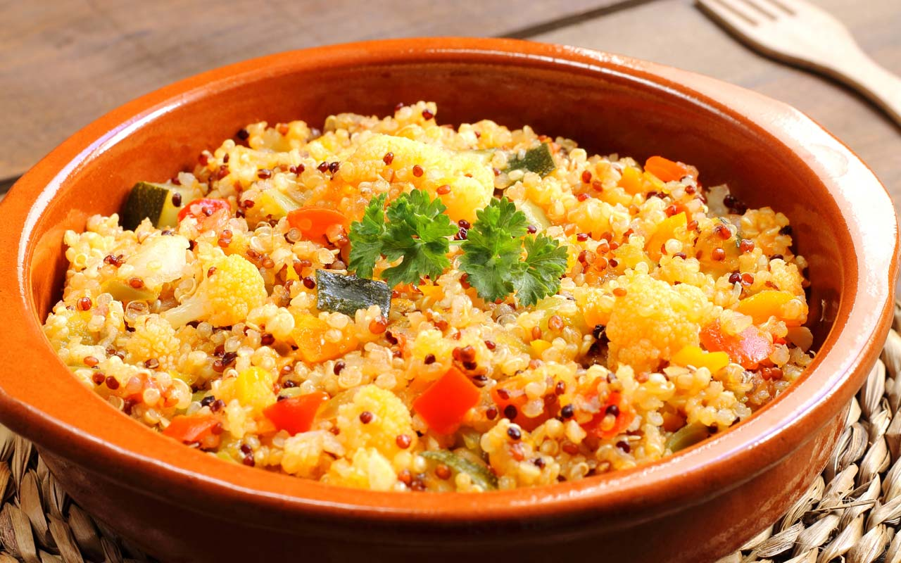 Quinoa con patate e verdure di stagione - Ricette Selenella