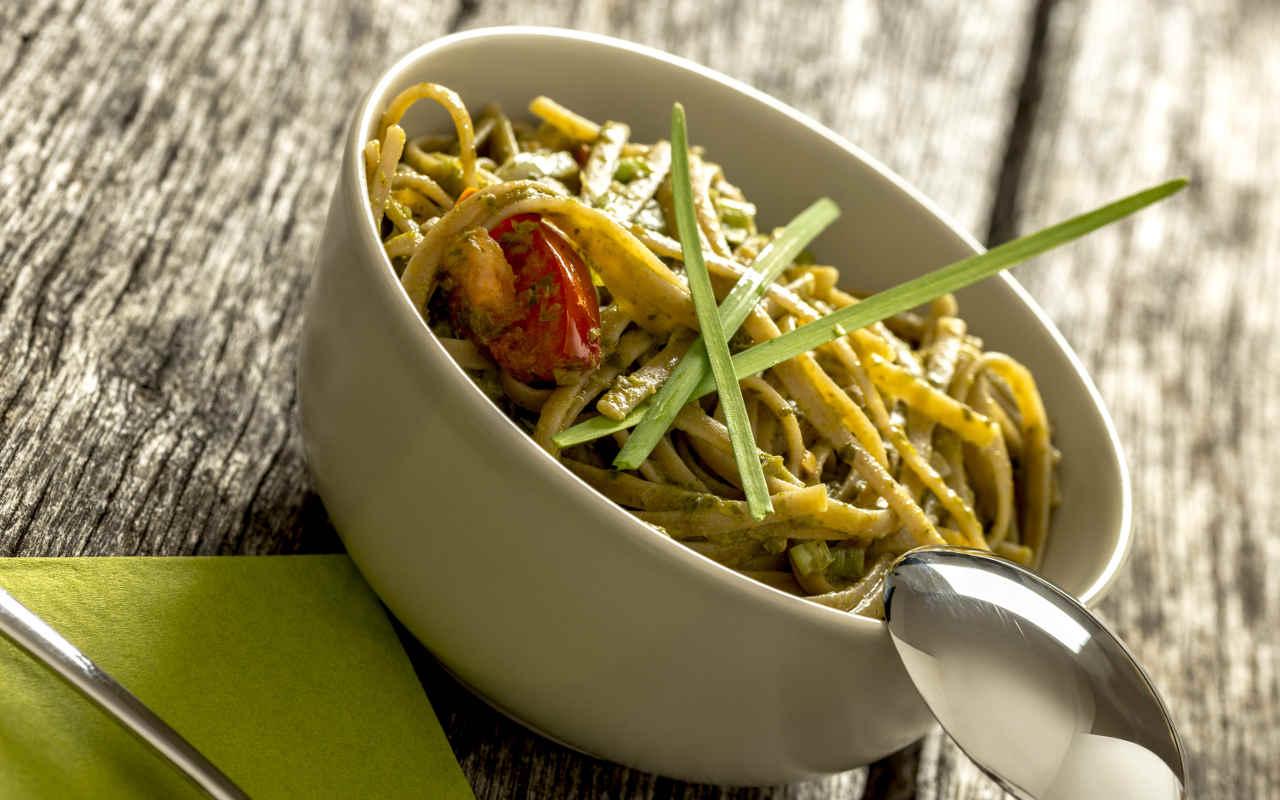 Bavettine pesto fagiolini e patate Selenella - Ricette Selenella