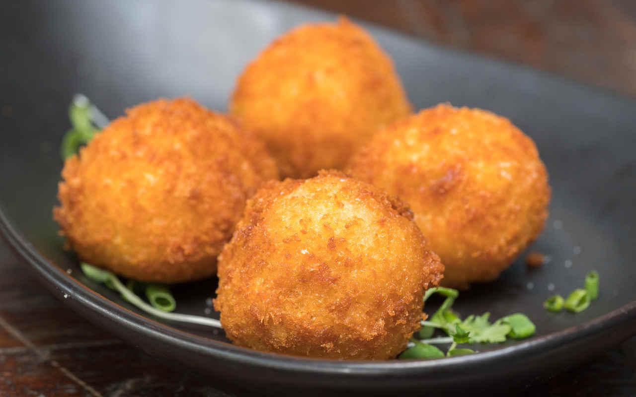 Bocconcini fritti di patate - Ricette Selenella