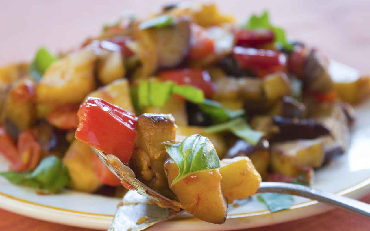 Caponata di patate - Ricette Selenella