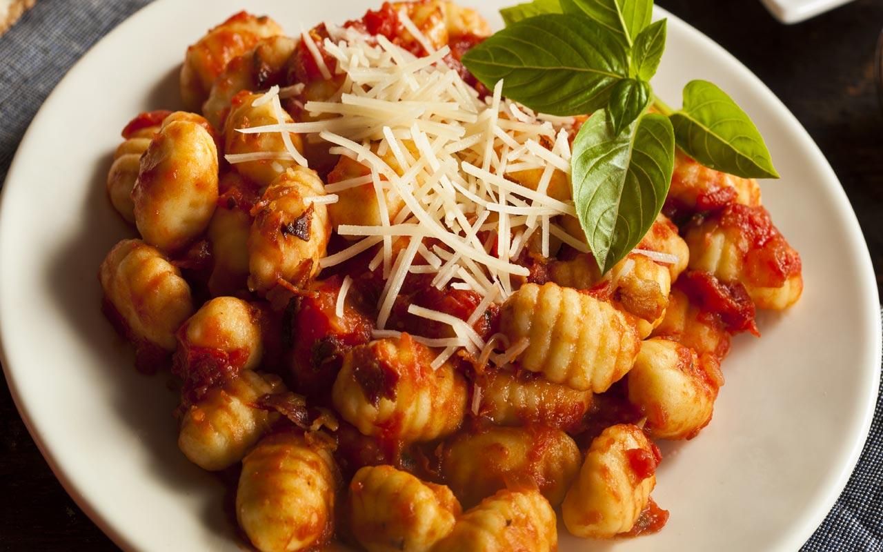 Gnocchetti all'amatriciana - Ricette Selenella
