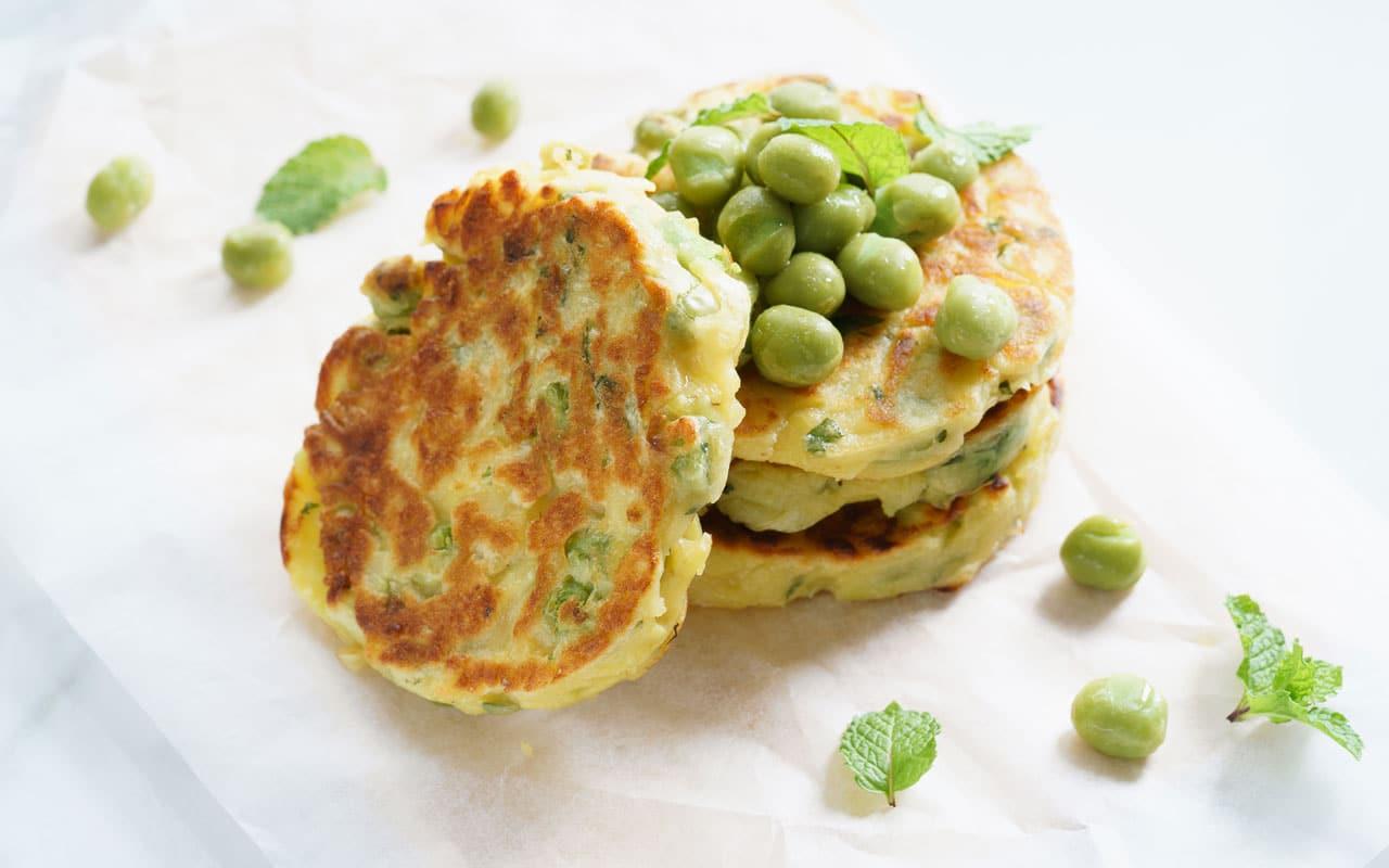 Frittatine di patate al forno con piselli - Ricette Selenella