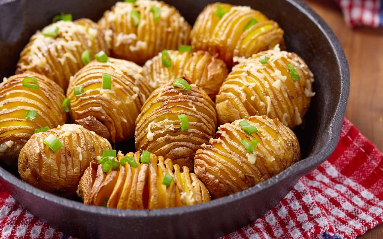 Sfogliatelle di patate al forno - Ricette Selenella