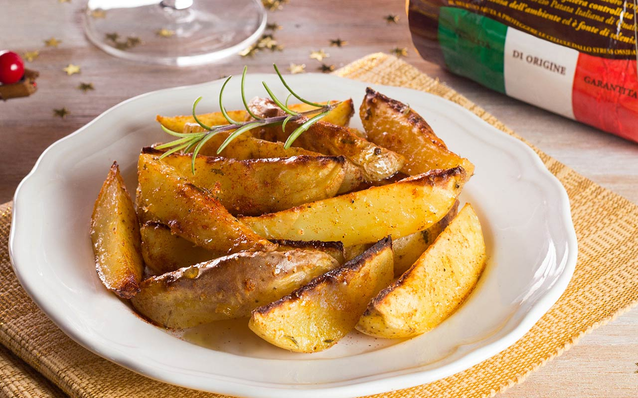 Baked potatoes alla paprika con sale affumicato - Ricette Selenella