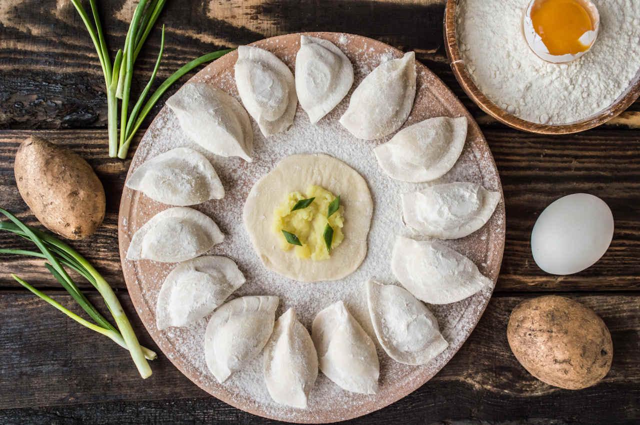 Gnocco raviolo di patate Selenella montanare ricotta e culatello - Ricette Selenella