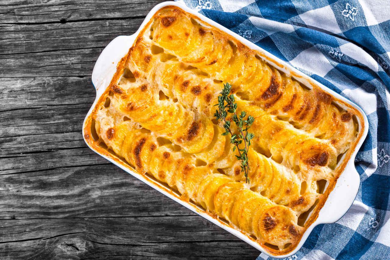Torta di patate in brodo - Ricette Selenella