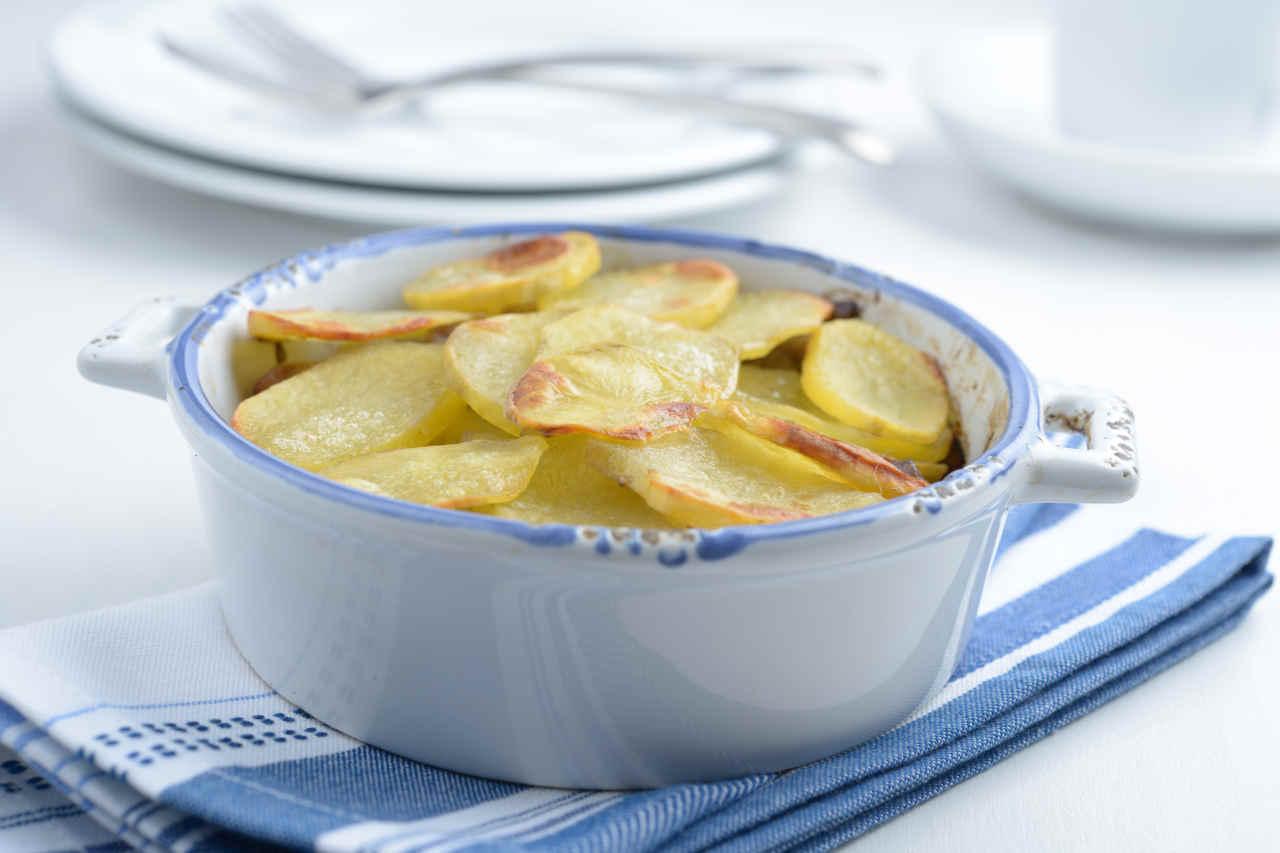 Patate gratinate al tartufo - Ricette Selenella