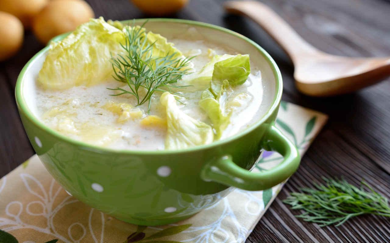 Zuppa di patate e scarola - Ricette Selenella