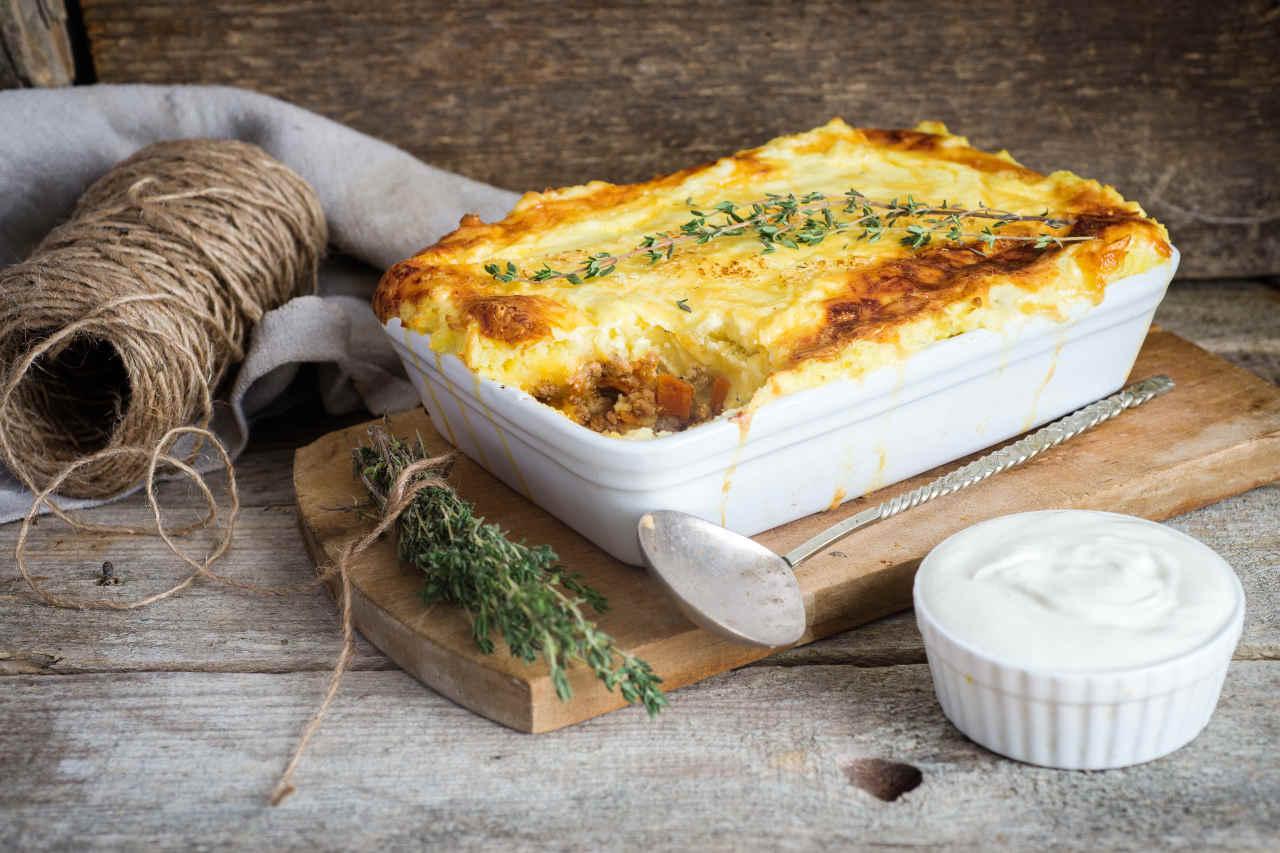 Torta salata con patate e prosciutto - Ricette Selenella