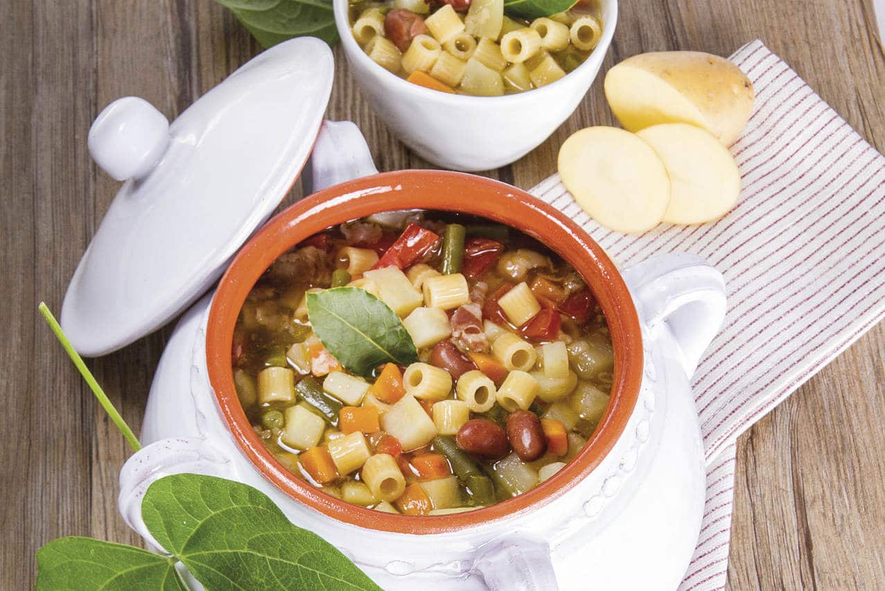 Minestra di patate e fagioli - Ricette Selenella