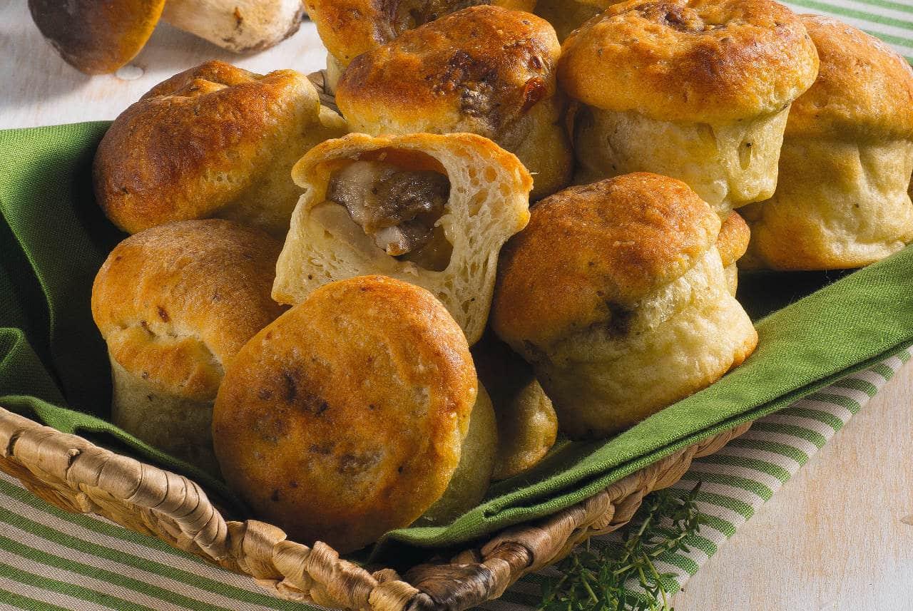 Muffin di patate, emmental e porcini - Ricette Selenella