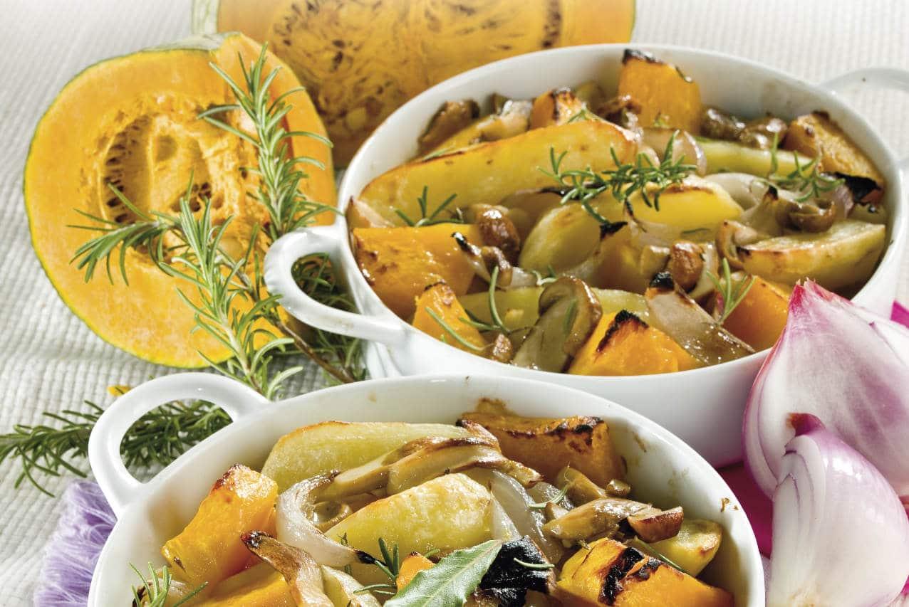 Patate e zucca al forno con funghi, cipolla e rosmarino - Ricette Selenella
