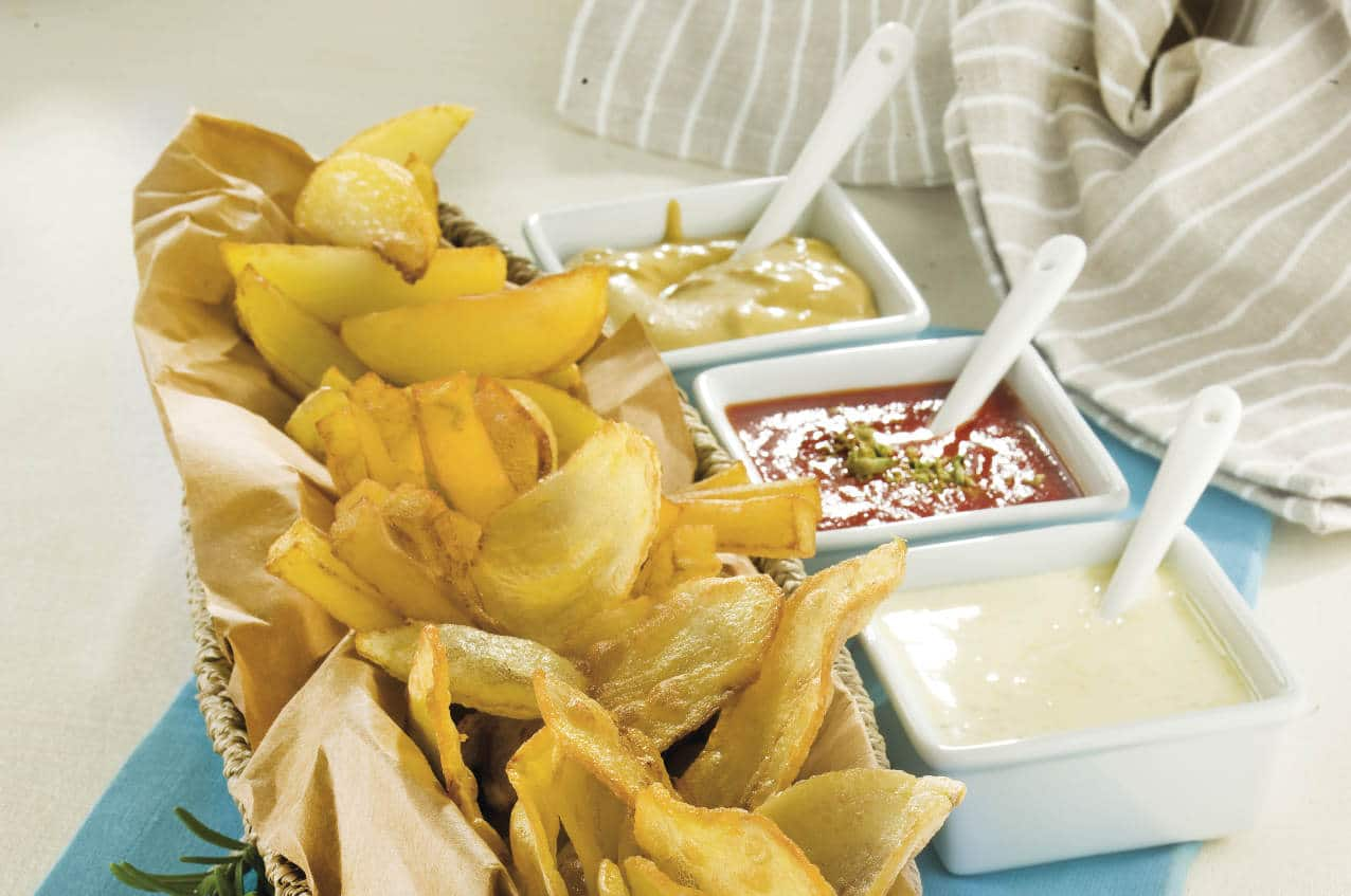 Patate fritte alle tre salse - Ricette Selenella