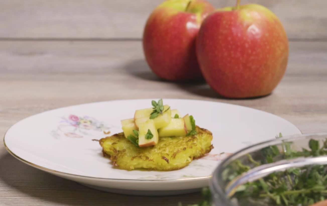 Frittelle di patate e scalogno alle mele - Ricette Selenella