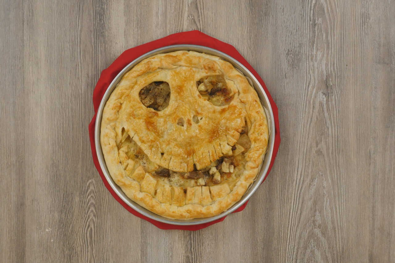 Torta salata di Halloween con melanzane e patate - Ricette Selenella