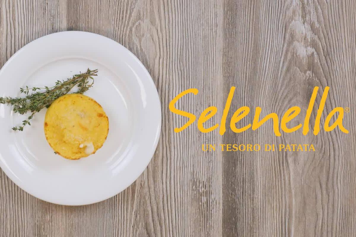 Focaccine di patate ripiene - Ricette Selenella