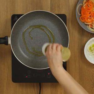 Riccioli patate e carote al curry - Ricette Selenella