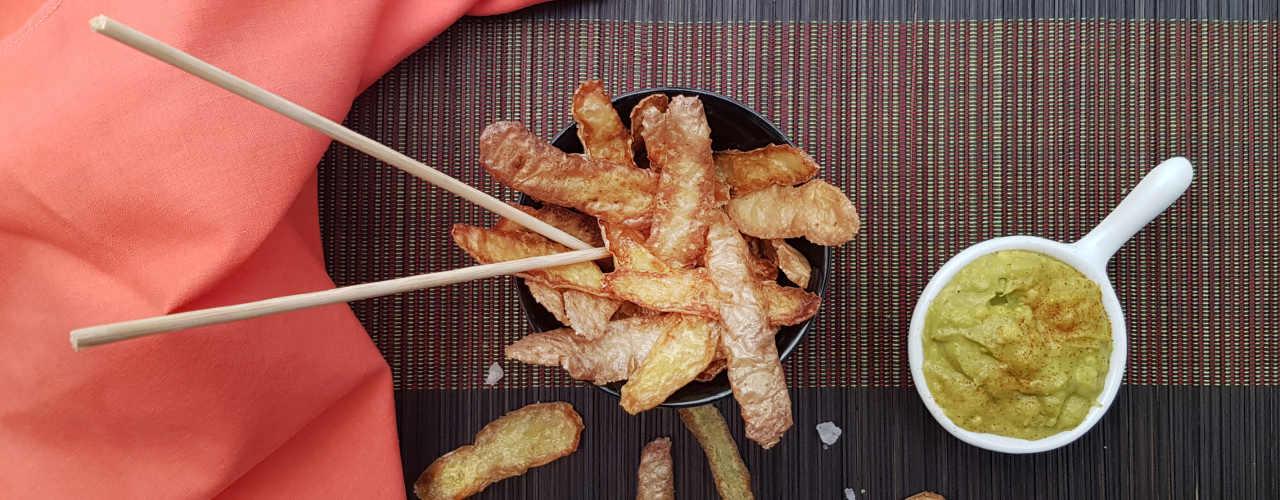 Bucce di patata fritte con salsa guacamole - Ricette Selenella
