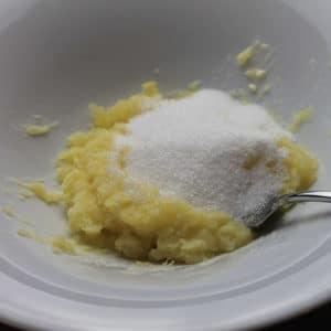 Aggiungere lo zucchero